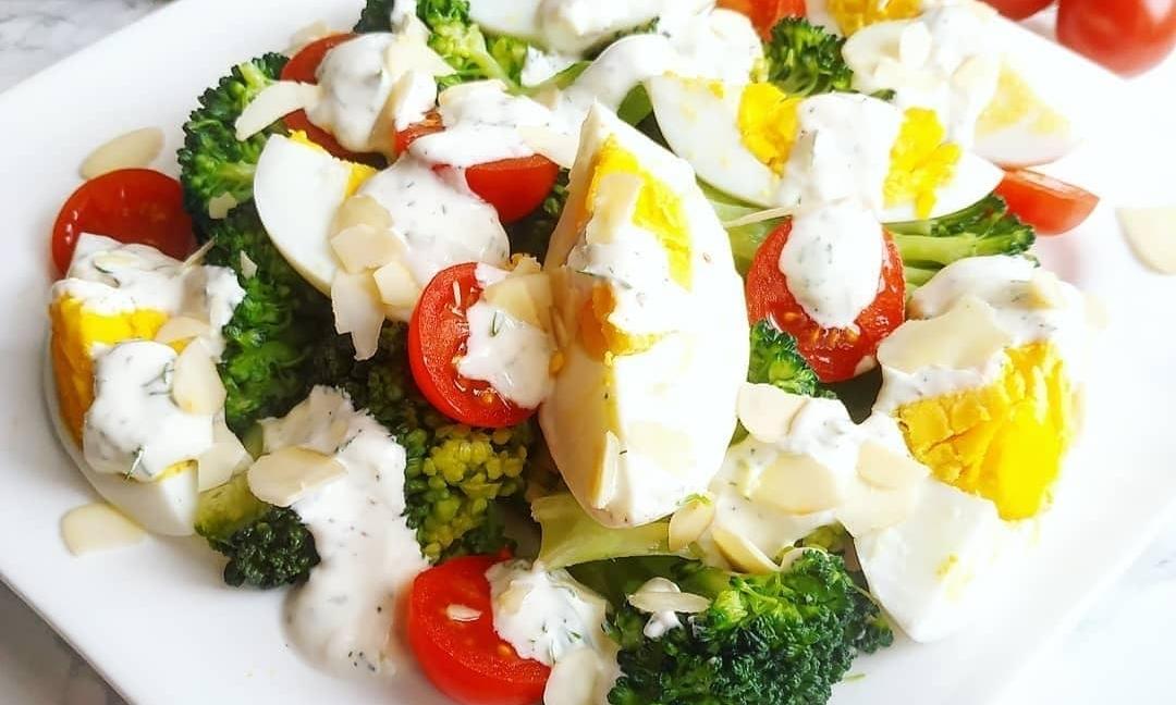 Salată de vară cu ou