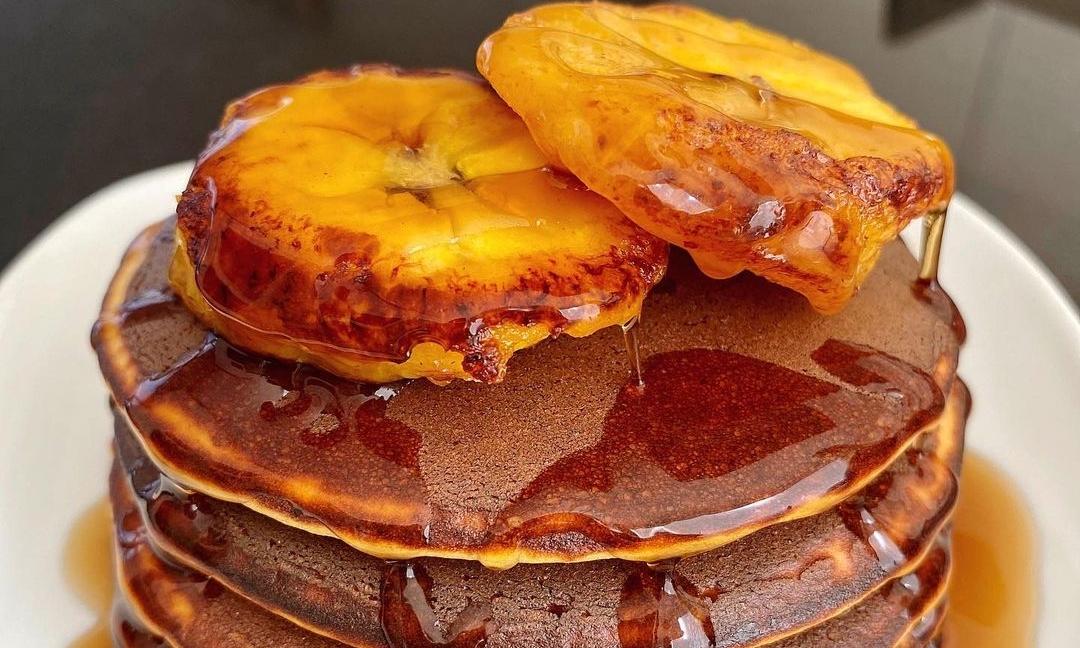clatite americane cu miere si portocale