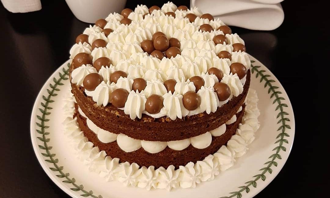 Tort cu vanilie şi bomboane Casali